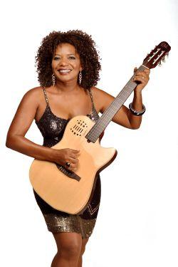 Margareth Menezes_Divulgaçao2014-2b_FOTO Estudio Gato Louco