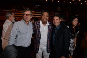 Roberto Gazzi, diretor do CORREIO, ao lado de Jorge Portugal e Hélio Tourinho, gerente de relações institucionais da Braskem
